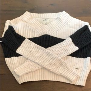 Hollister girls knitted stripped sweater